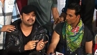 Akshay Kumar Raps On Camera - Bollywood Time [HD]